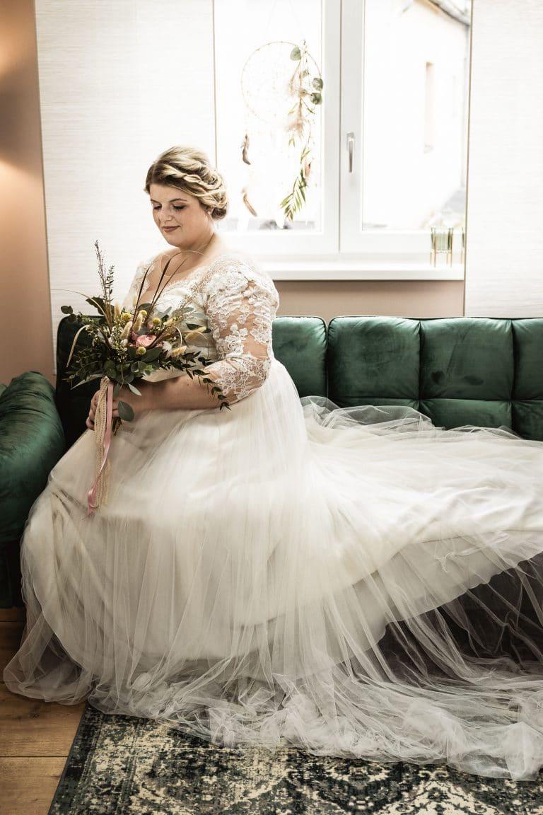Plus Size Brautmode - Große Größen bis Größe 11 - Curvy Brides